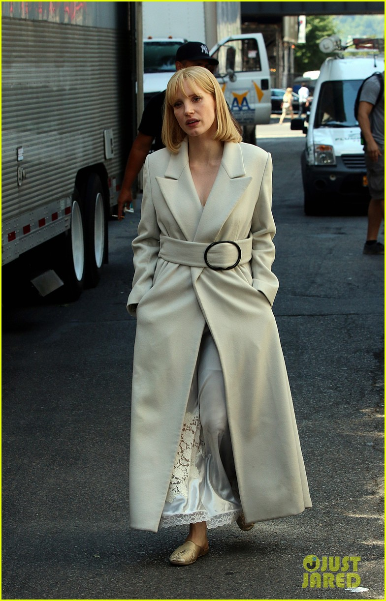 jessica chastain gets into character for a most violent year 103152480