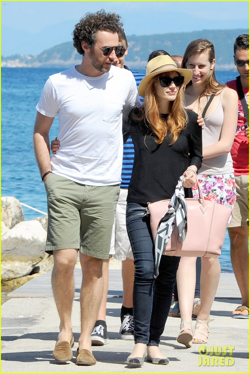jessica chastain boyfriend gian luca wrap their arms around each other 173153773