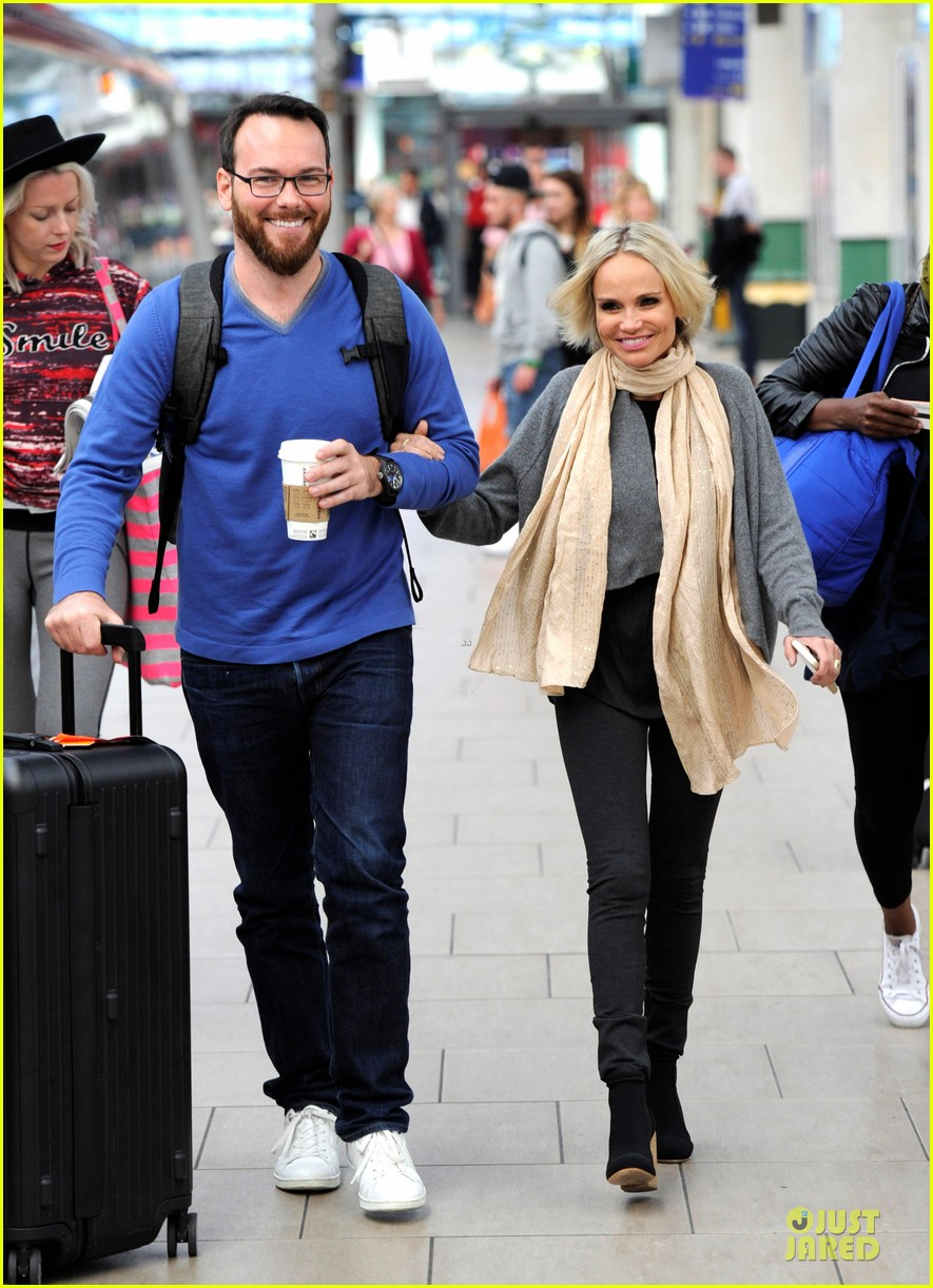 kristin chenoweth dana brunetti look cute together before royal albert hall 03