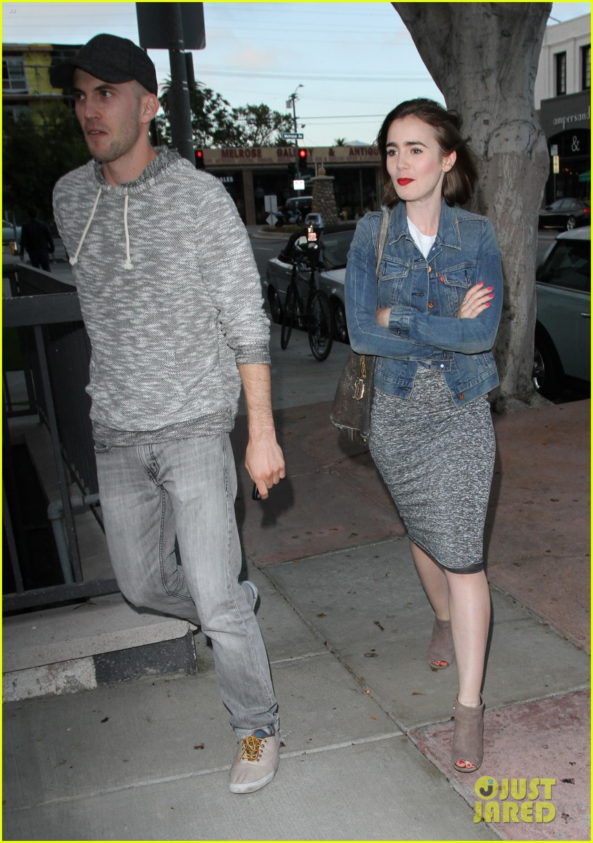 lily collins cafe gratitude lunch 04