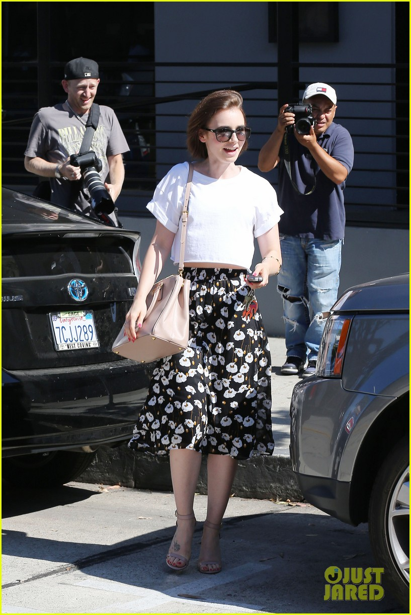 lily collins salon stop before holiday 11