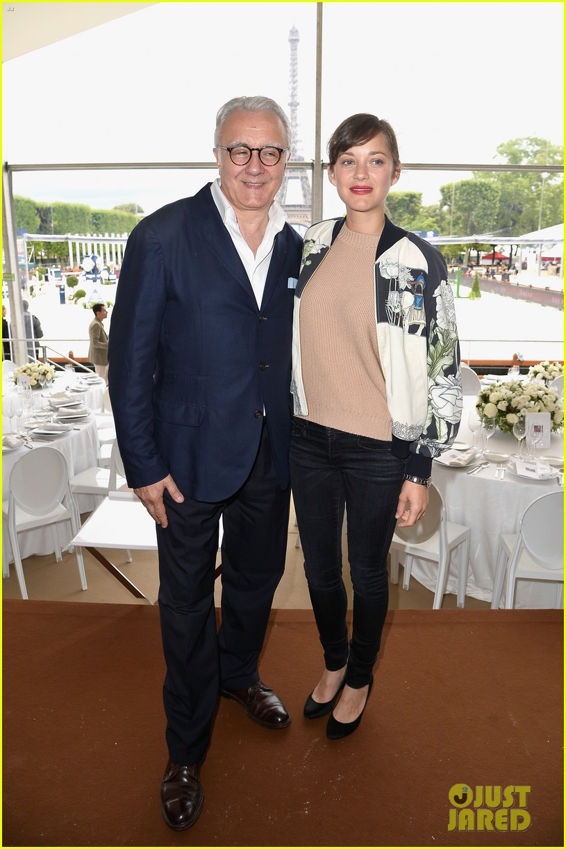 marion cotillard continues to support her horse jumping man 053150367
