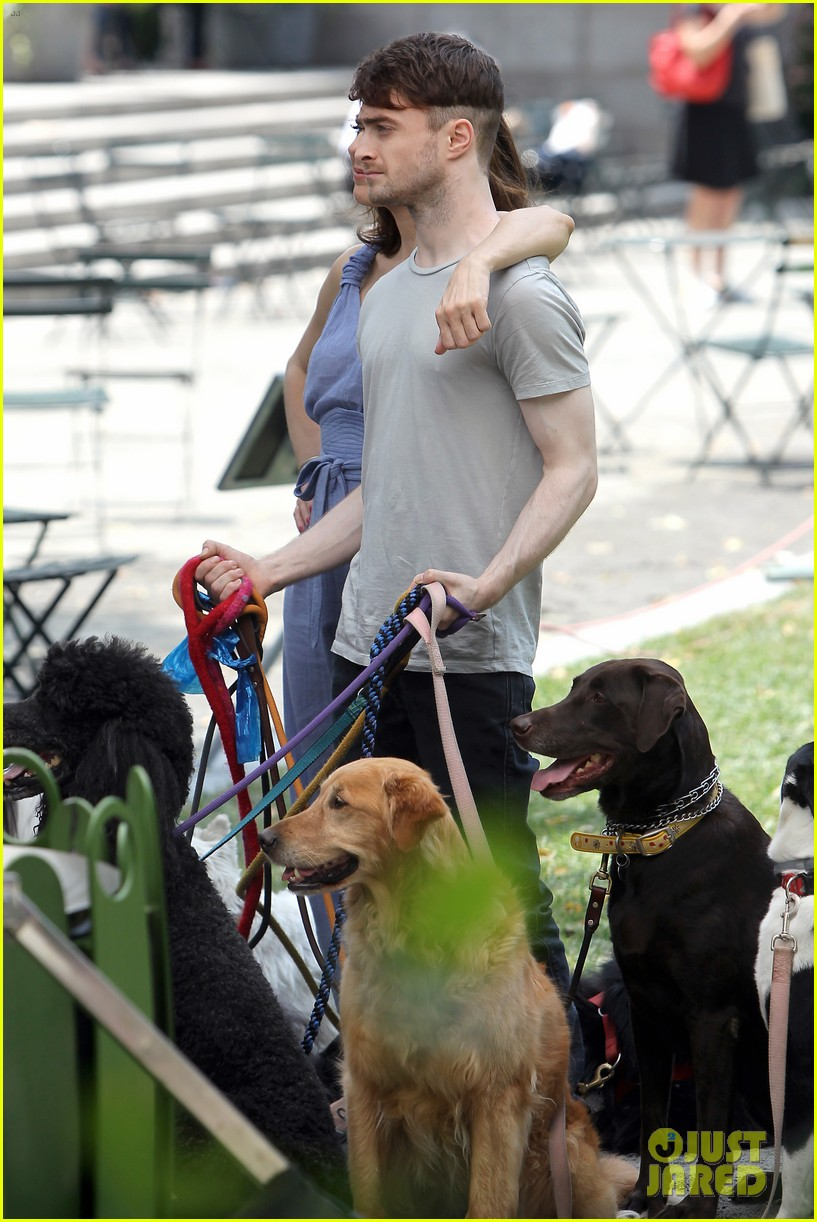 daniel radcliffe dog walker trainwreck nyc set 343147581