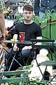daniel radcliffe dog walker trainwreck nyc set 23