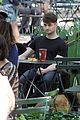 daniel radcliffe dog walker trainwreck nyc set 25