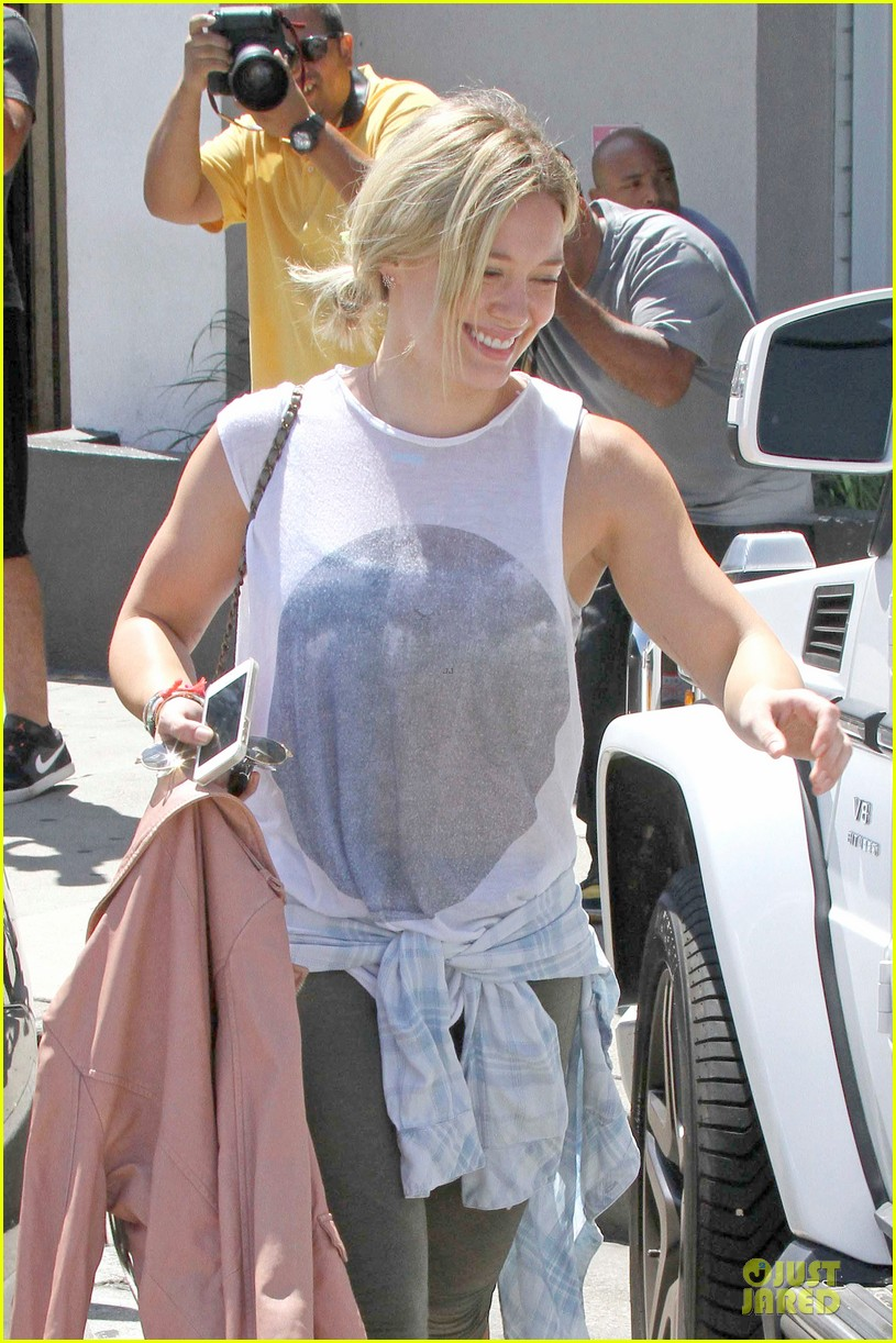 hilary duff separation from mike comrie inspires song 04