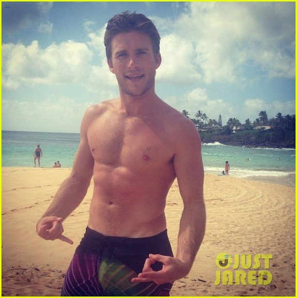 scott eastwood girlfriend brittany brousseau merman 043148736