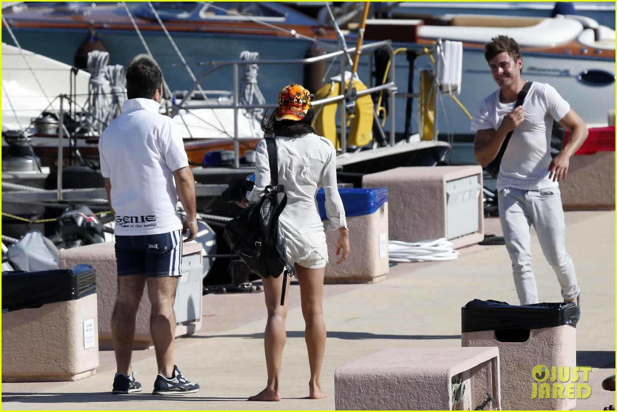 zac efron michelle rodriguez set sail together in porto cervo 153148194