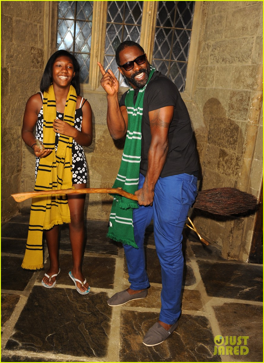 idris elba goofs around on a harry potter broomstick 03