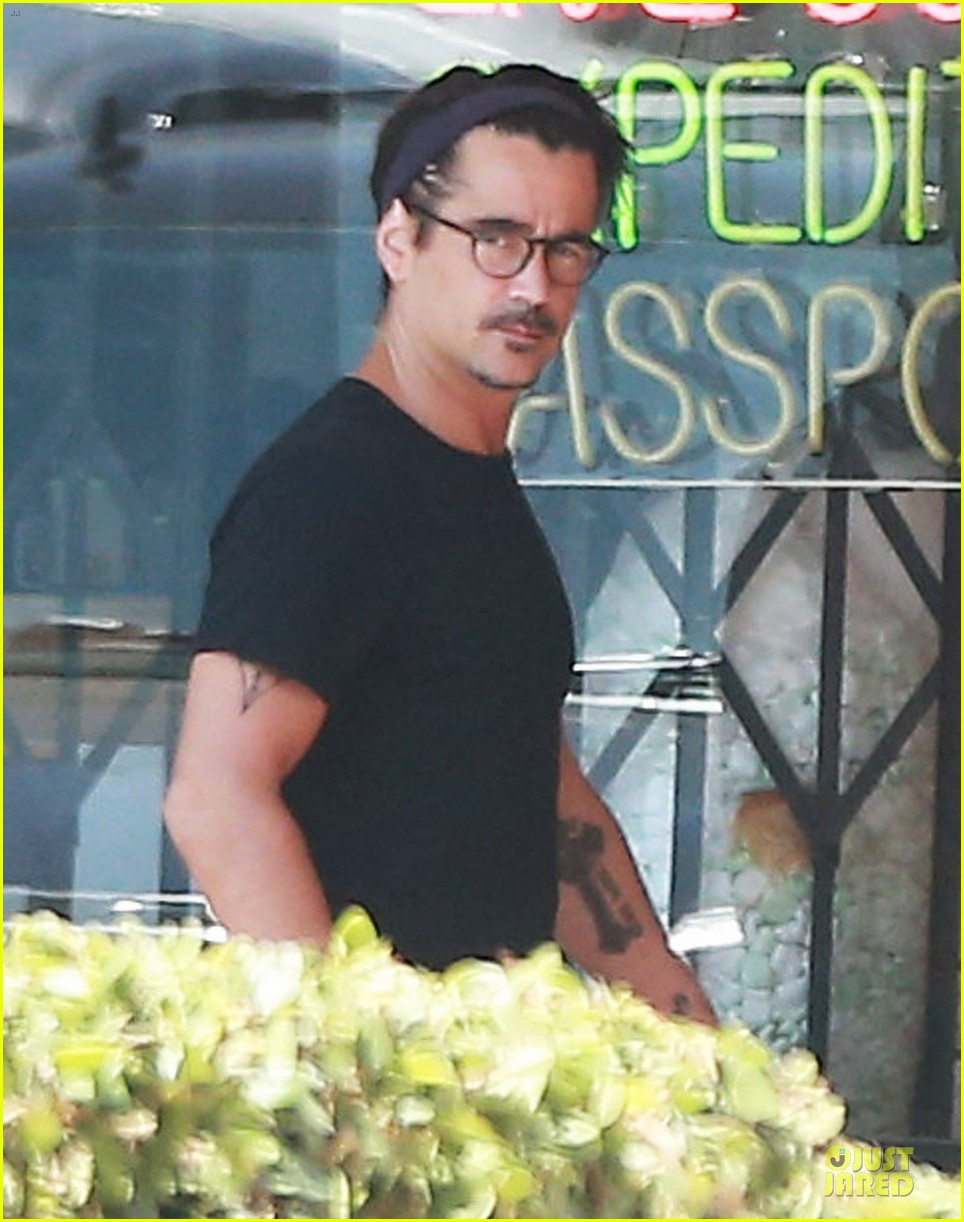 colin farrell loving brother to sis claudine 073152802