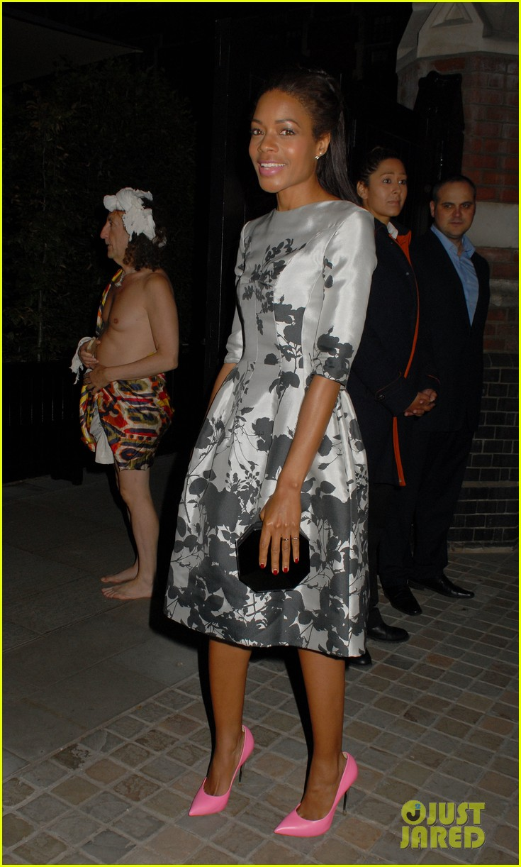 naomie harris helps celebrate virgin atlantics new vivienne westwood 013148286