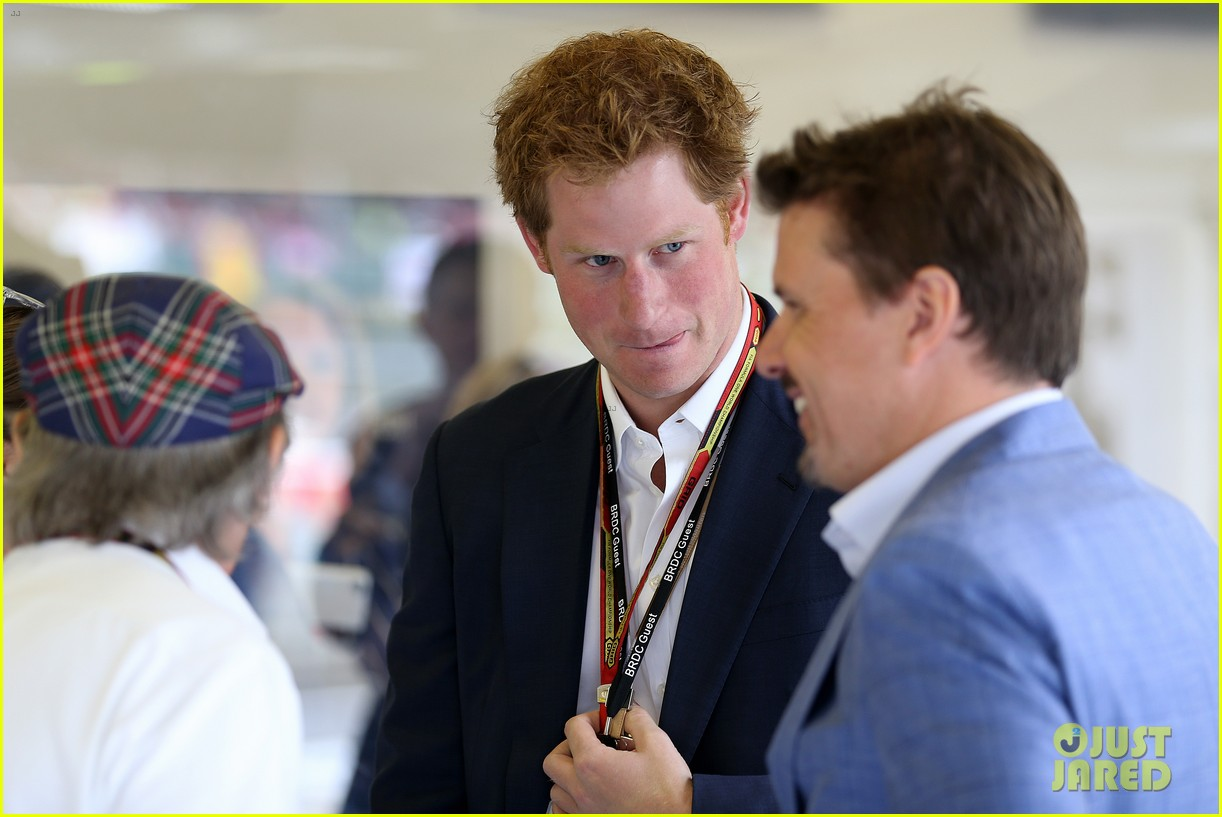 prince harry eventful sunday at the one grand prix 153150858