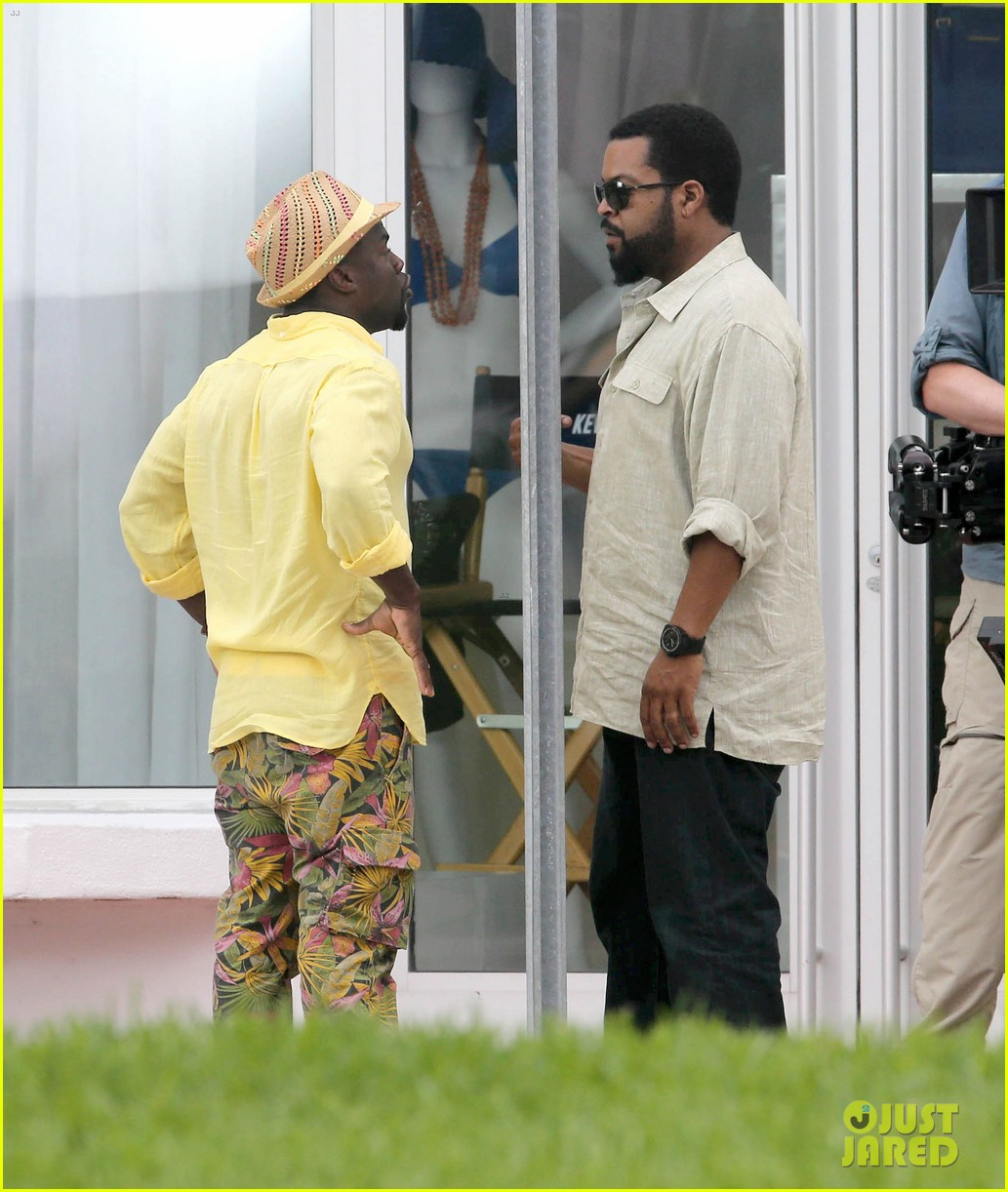 kevin hart begins filming ride along 2 with ice cube in miami 073152174