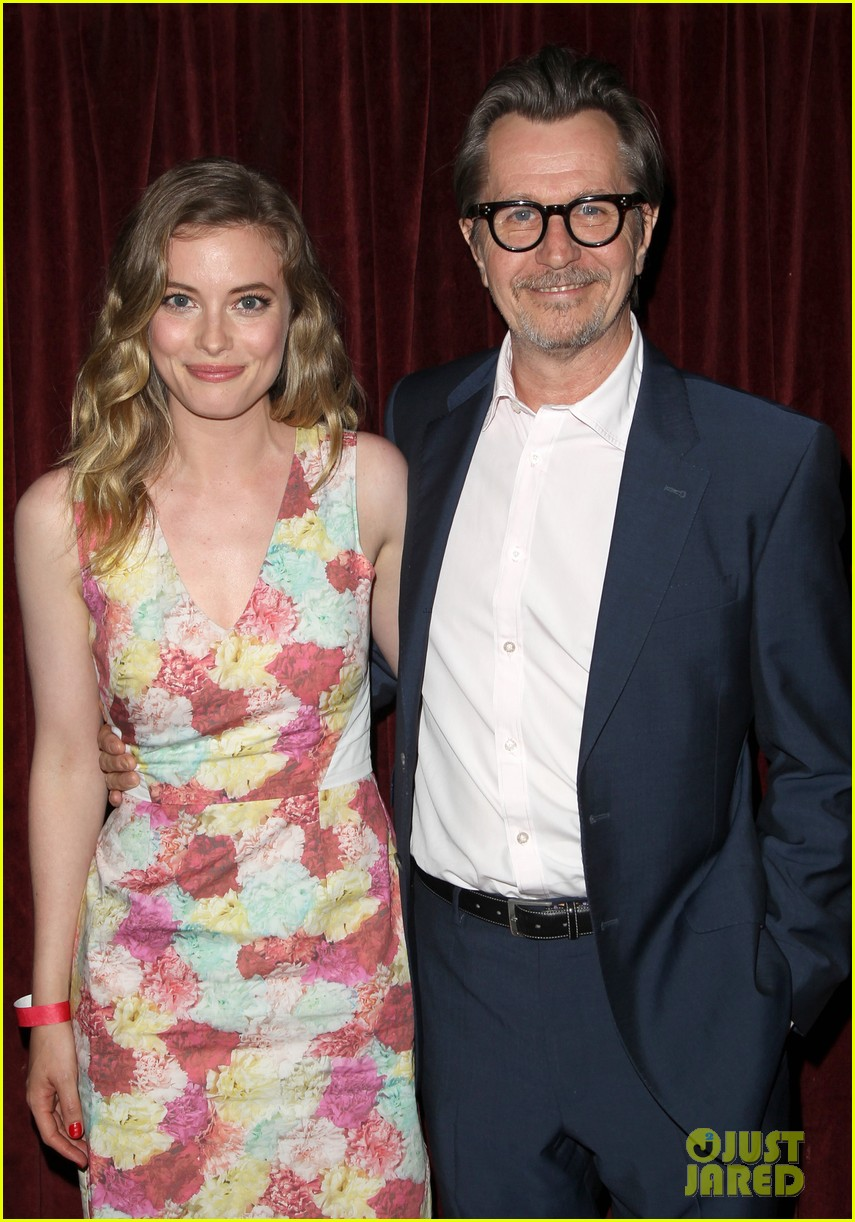 gillian jacobs joins gary oldman for life partners screening 023153607