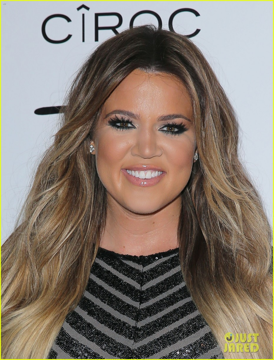 khloe kardashian french montana first red carpet 02