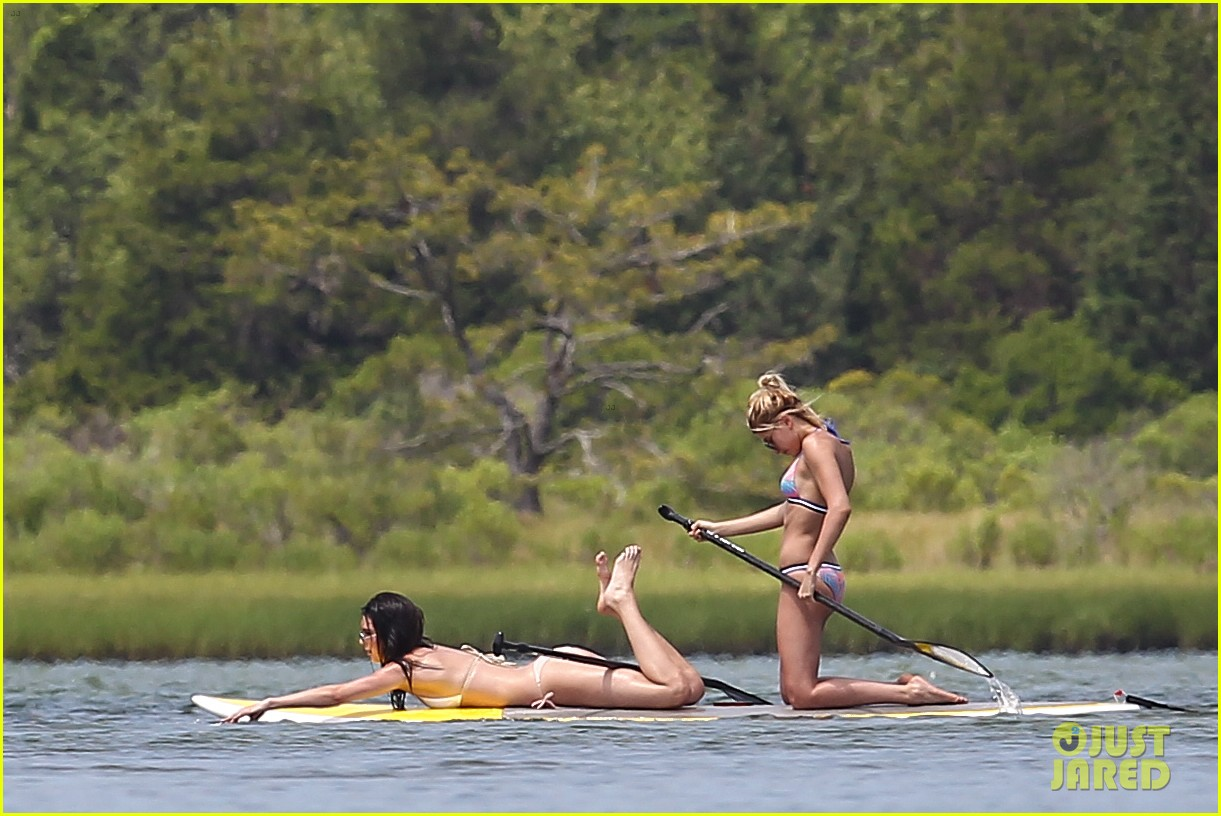 kendall jenner hailey baldwin paddleboarding bikini 023147939