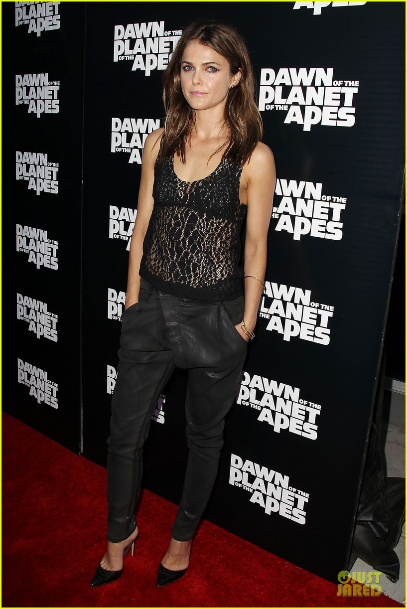 keri russell sheer at dawn of the planets of the apes premiere 01