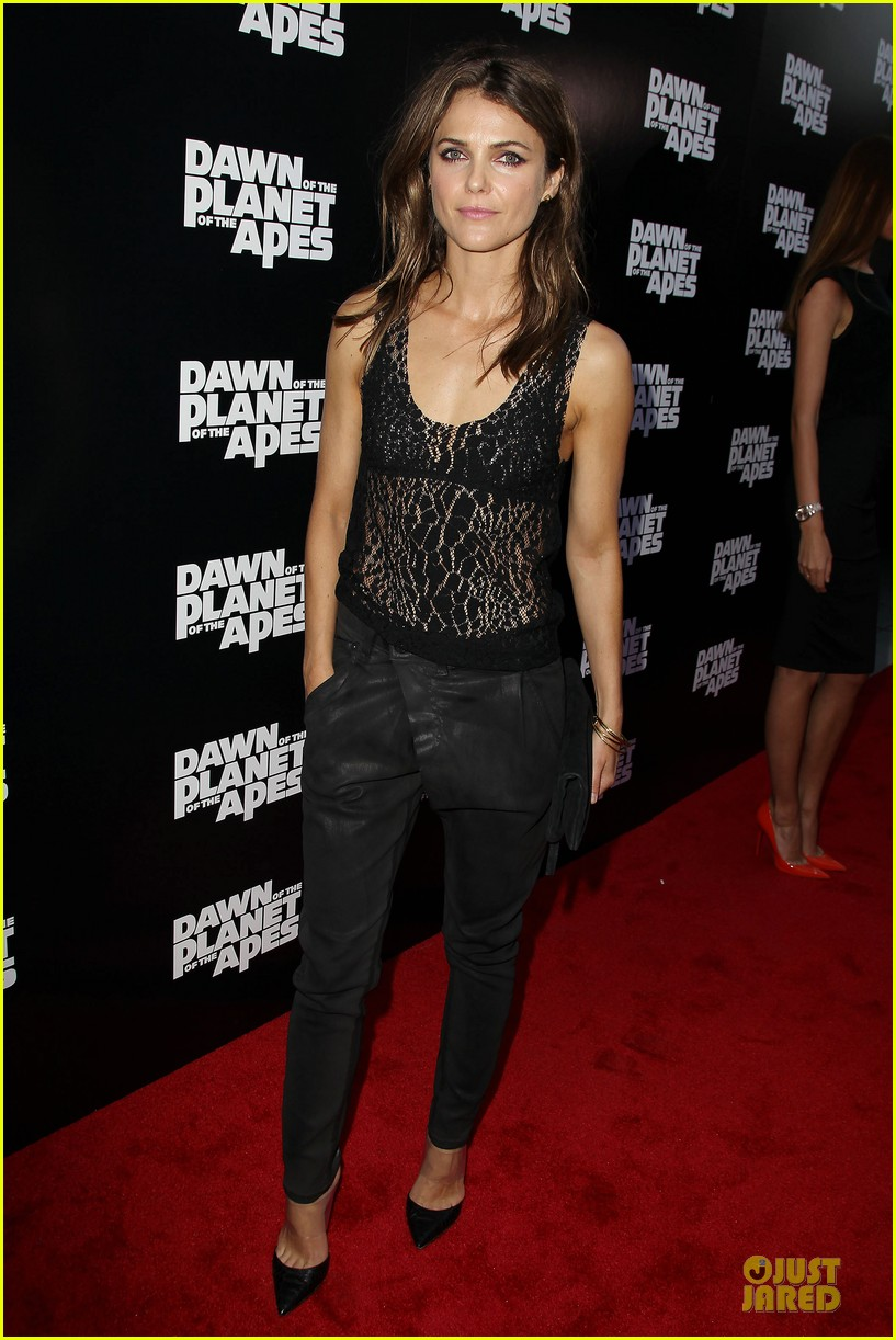 keri russell sheer at dawn of the planets of the apes premiere 05