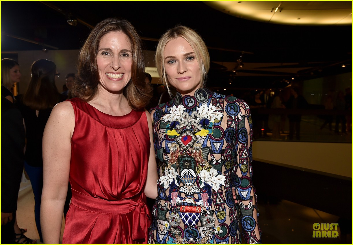 diane kruger brings colorful fashion sense to bridge premiere 023151518