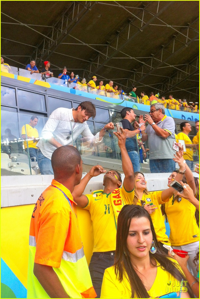 ashton kutcher happy to be world cup semifinals 103151826