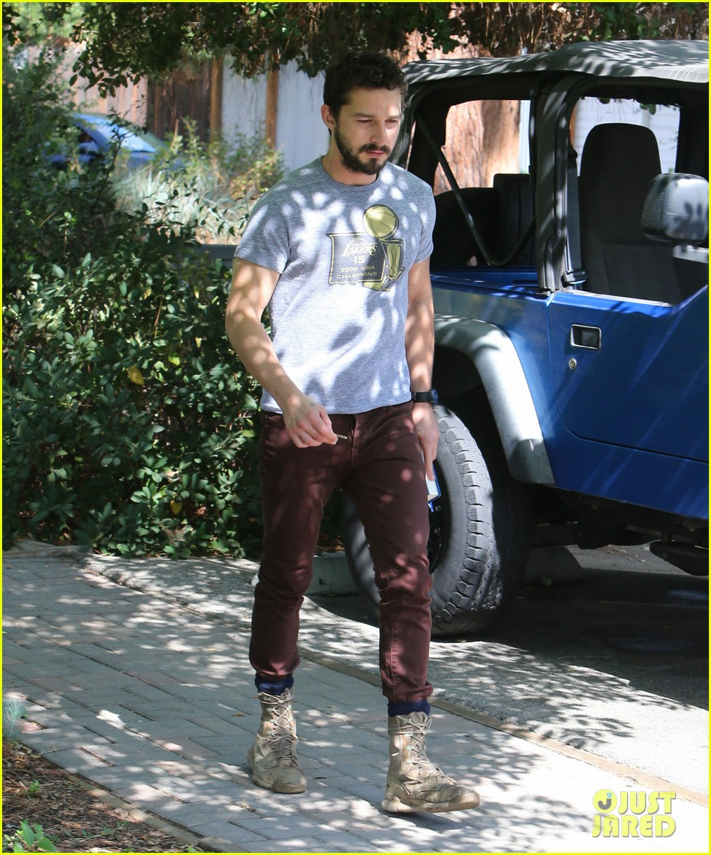 shia labeouf fourth of july working on himself 03