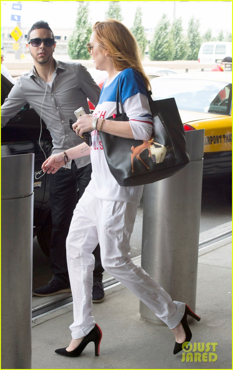 lindsay lohan is back in the states after a long stay in london 05