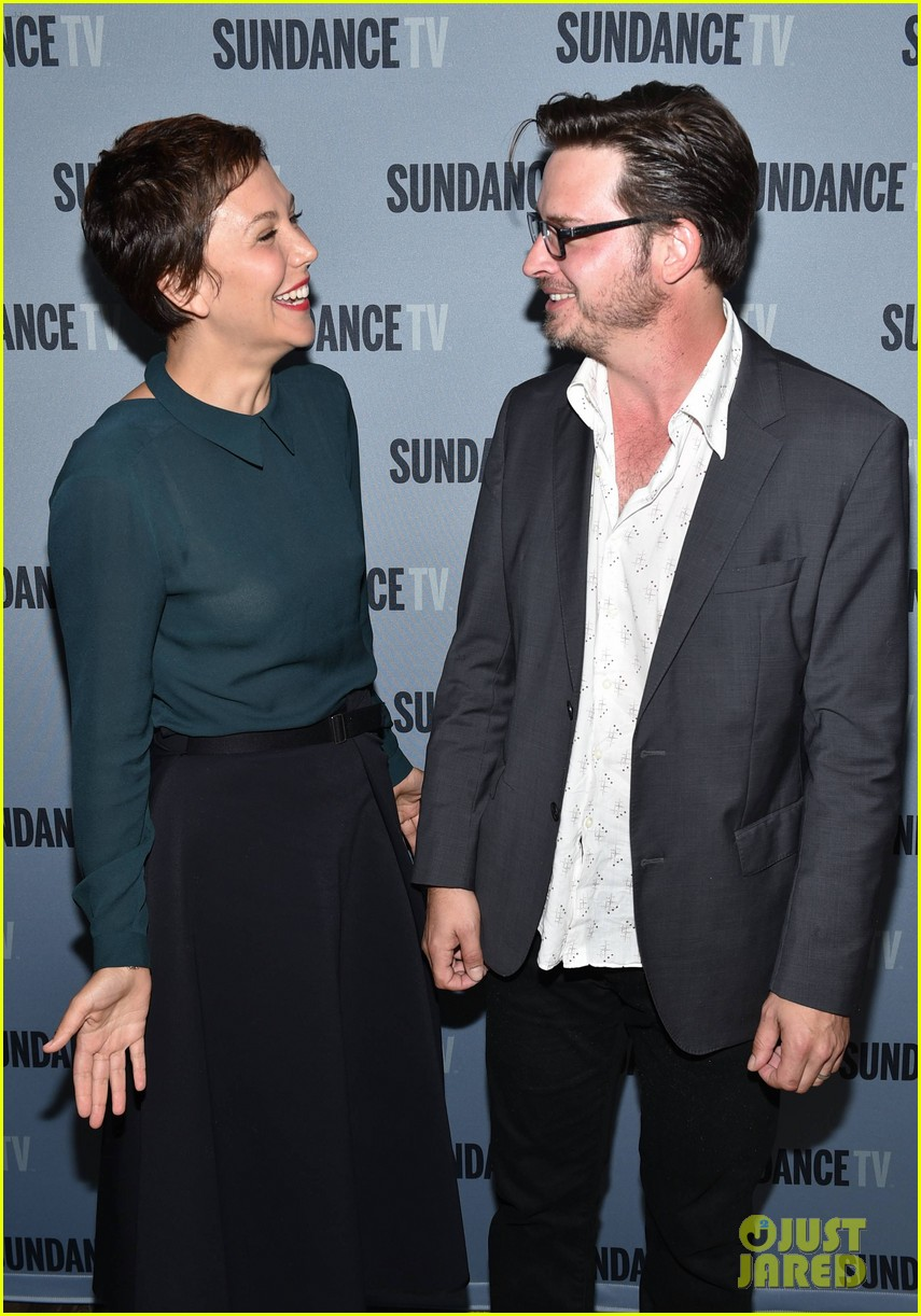 maggie gyllenhaal calls brother jake gyllenhaal one of her best friends 05