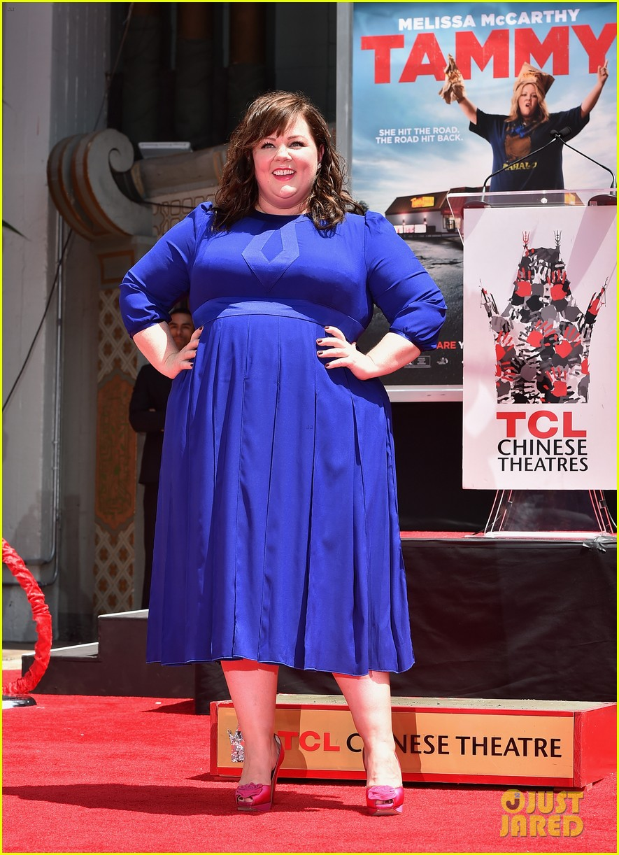 melissa mccarthy hand footprint ceremony 05