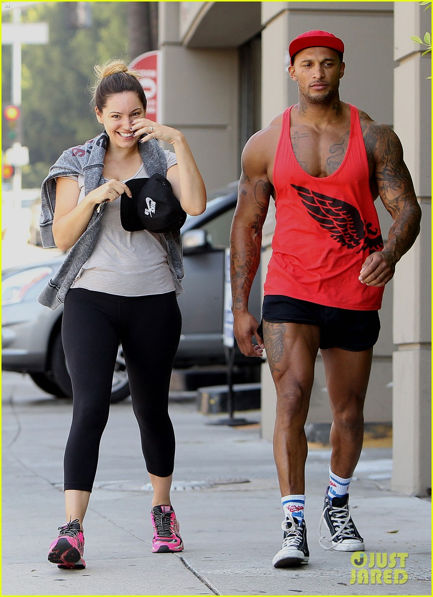 kelly brook fiance david mcintosh should always go shirtless 083149302
