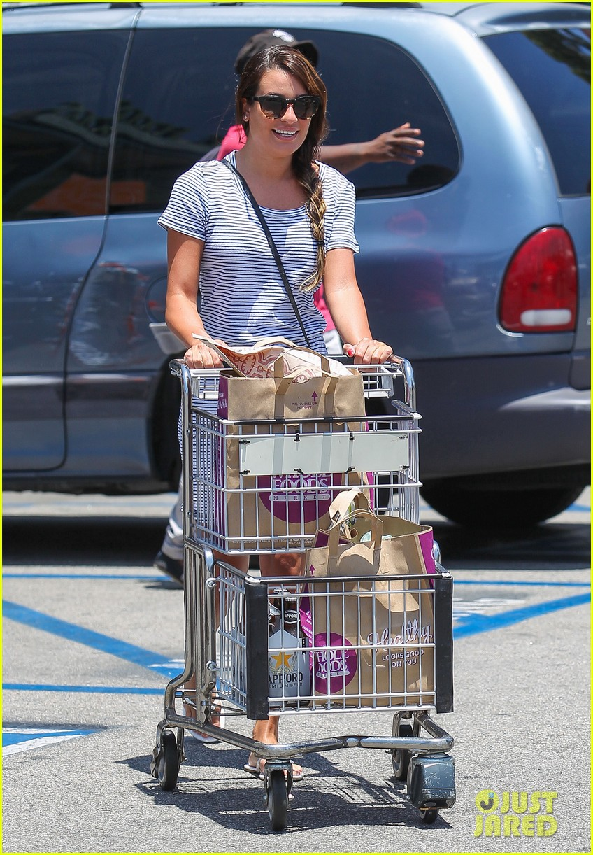 lea michele smiles wide after going public with new boyfriend 07