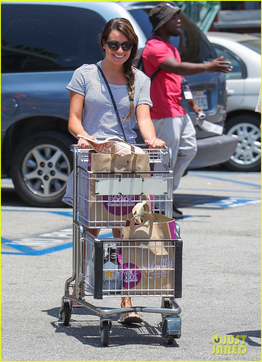 lea michele smiles wide after going public with new boyfriend 09