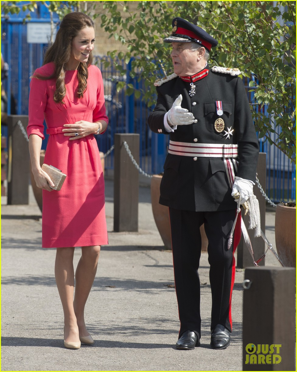 kate middleton is bright in pink for blessed sacrament school visit 12