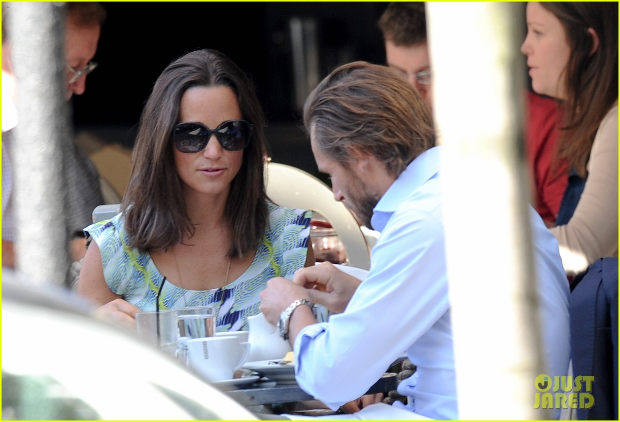 pippa middleton handsome pal make her laugh 24