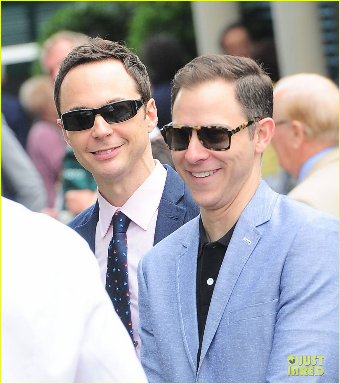 jim parsons loves canadas eugenie bouchard 02