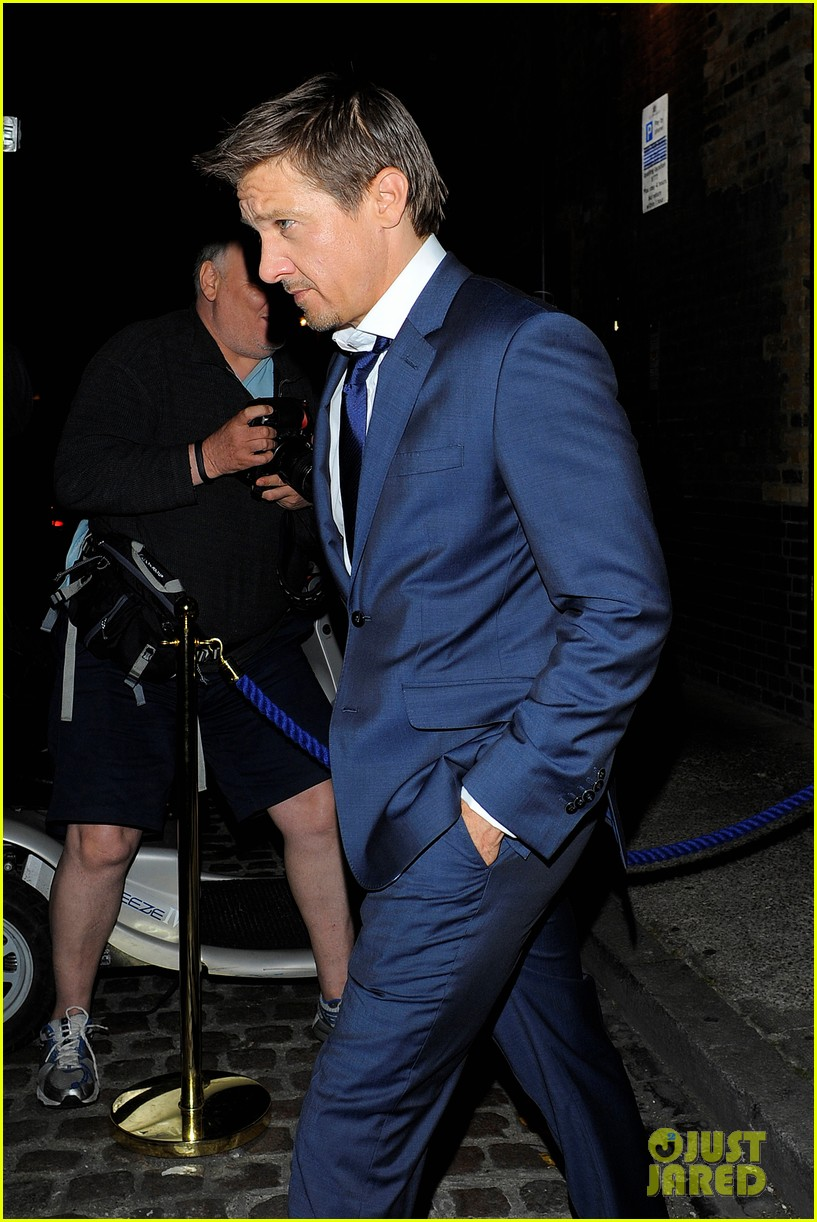 avengers unite chris evans jeremy renner hit the town in london 083153475