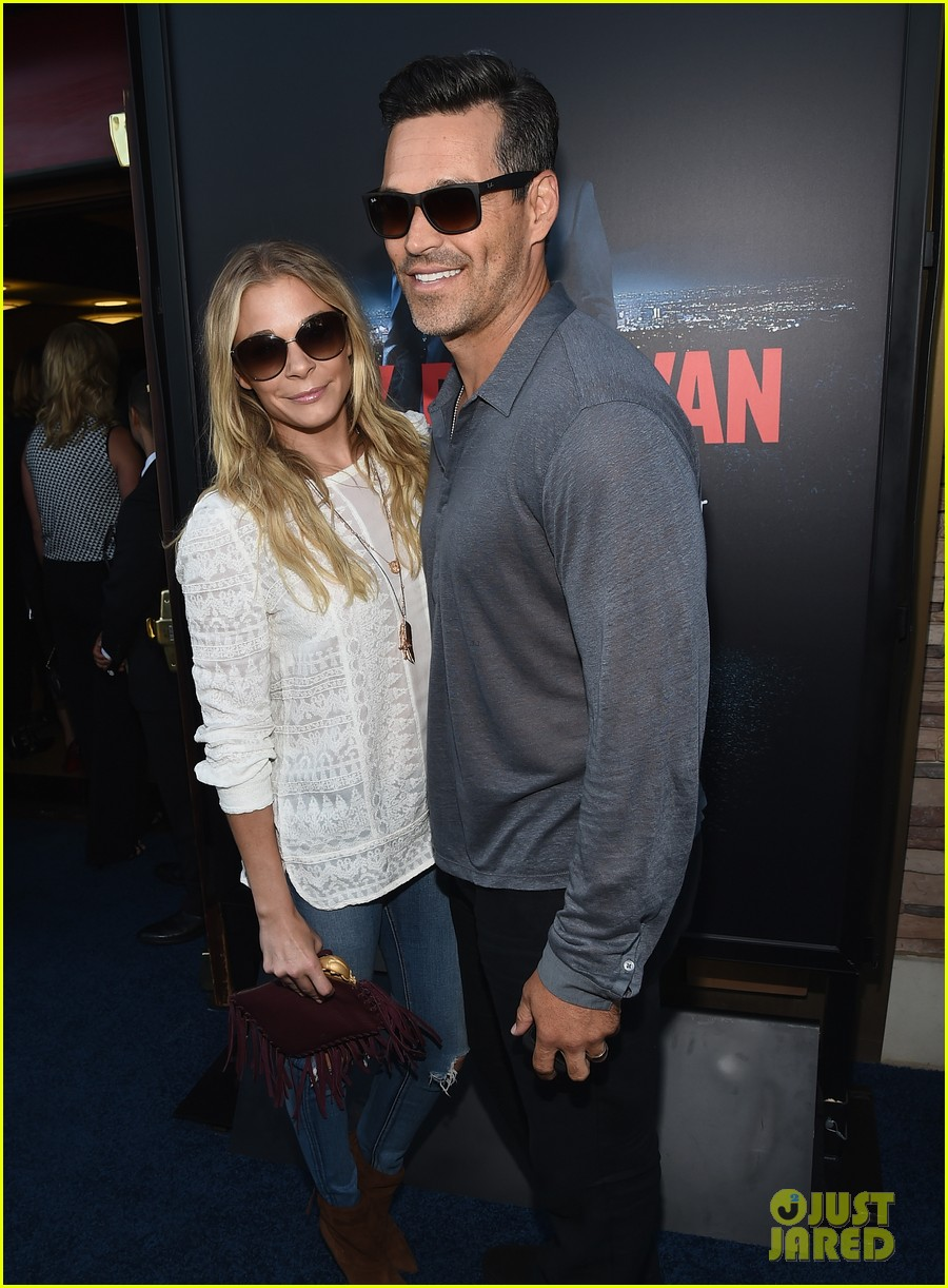 leann rimes eddie cibrian are the happiest couple at ray donovan 013152863