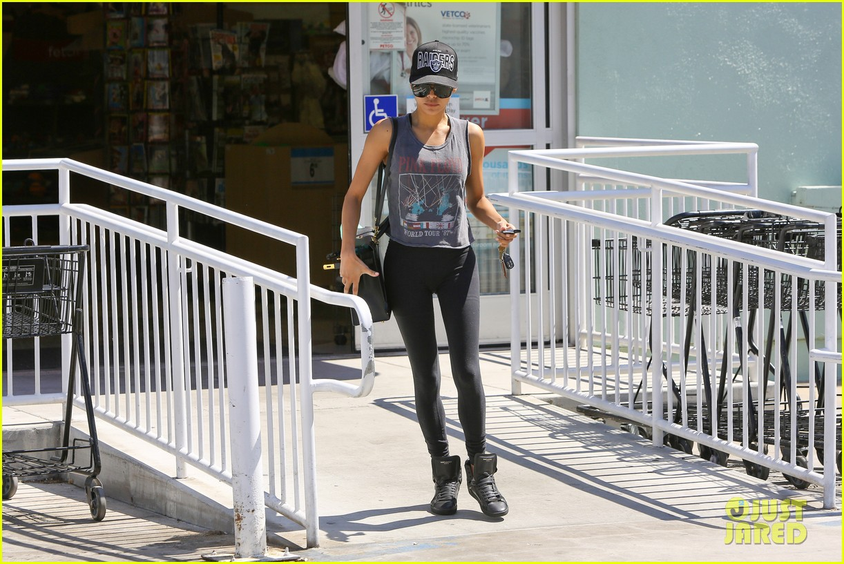 naya rivera petco run pink floyd top 023151100