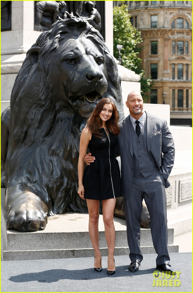 irina shayk dwayne johnson hercules photo call 08