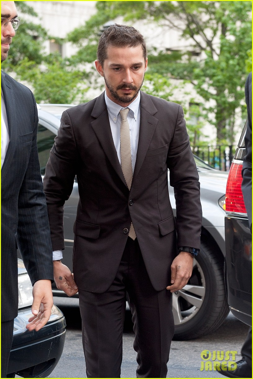 shia labeouf appears in court working out a plea deal for last months arrest 02