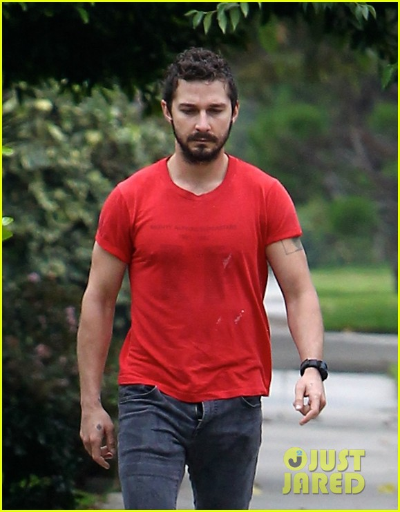 shia labeouf forgets to zip his fly 253148388