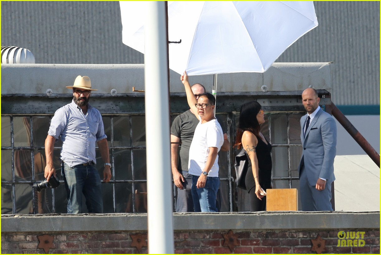 jason statham so dapper for la photo shoot 19