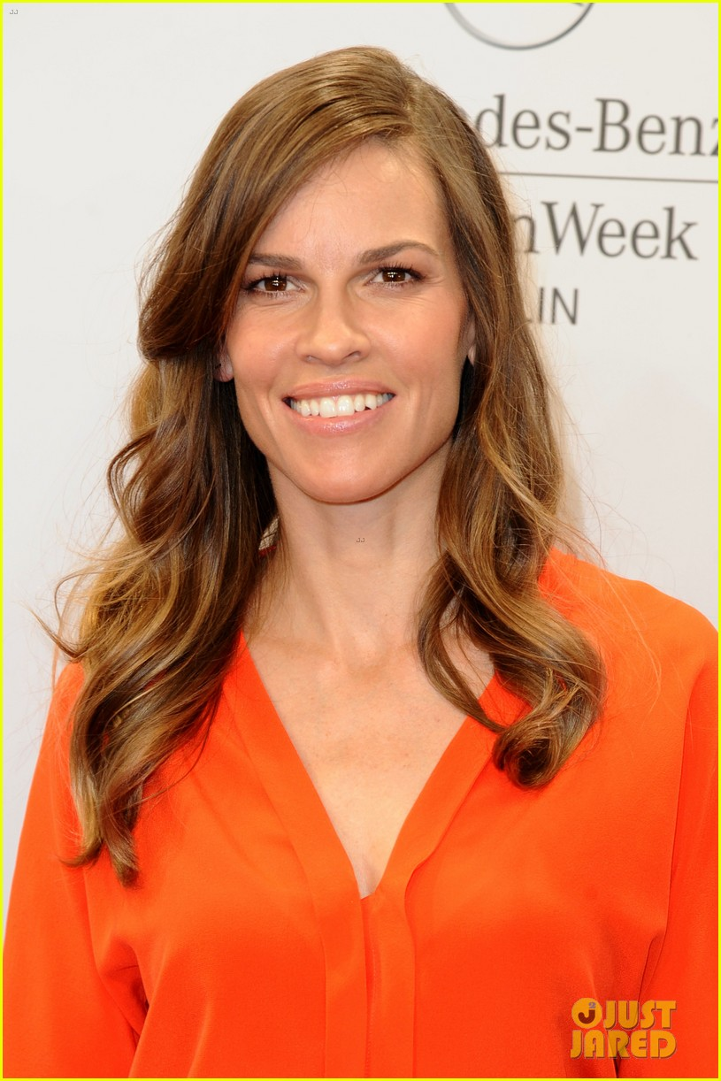 hilary swank marcia cross get dolled up for marc cain 143153594