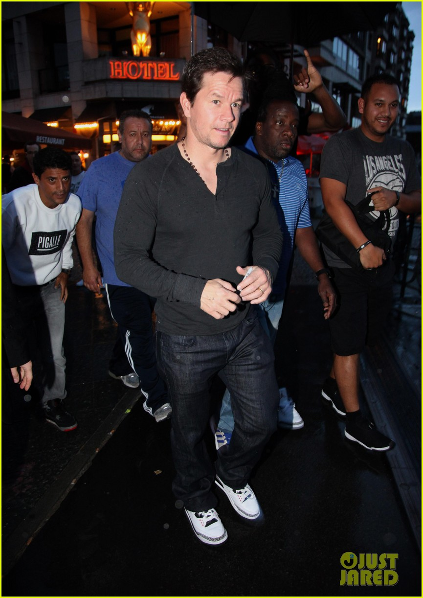 mark wahlberg on bad boy past would never ruin second chance 02