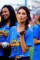lily aldridge gigi hadid throw out first pitch at baseball game 29
