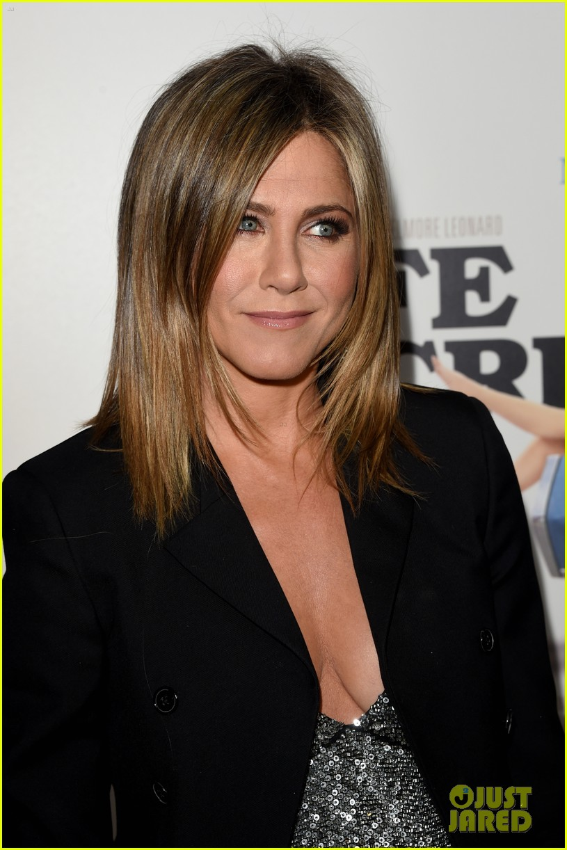 jennifer aniston will forte life of crime premiere 13
