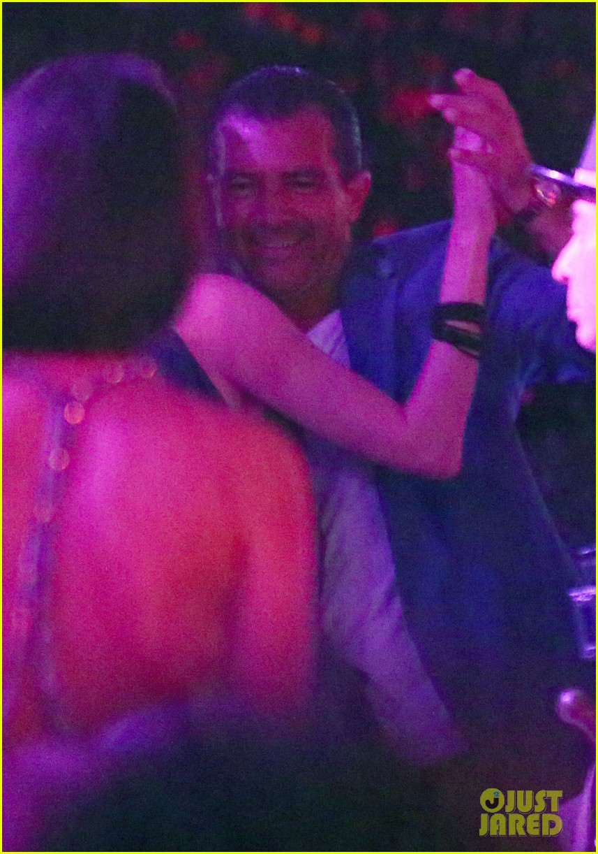 antonio banderas cozies up to mystery gal in saint tropez 133178605