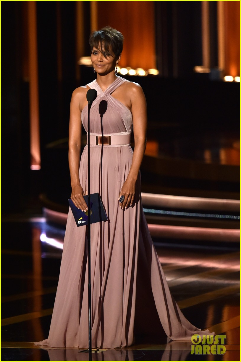 halle berry emmys 2014 14