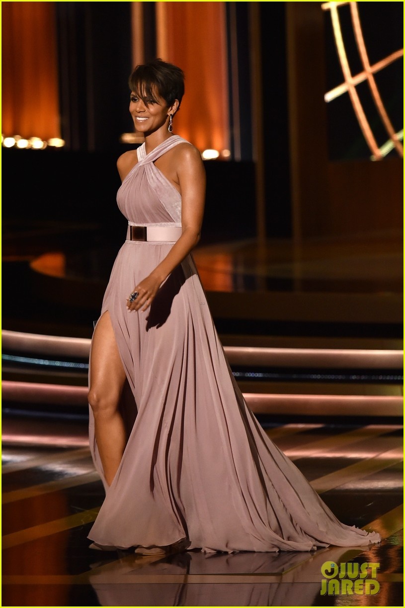 halle berry emmys 2014 15