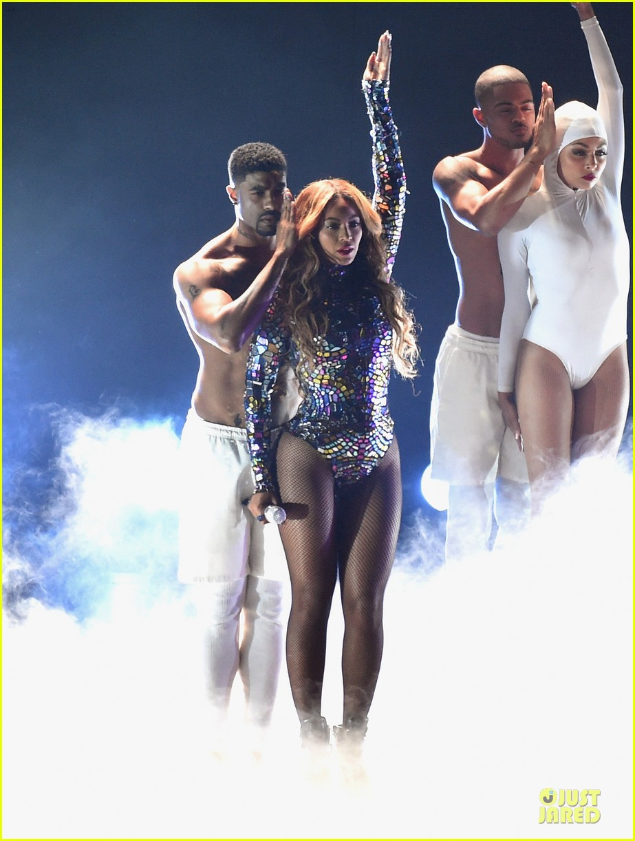 beyonce vmas 2014 performance video 033182608