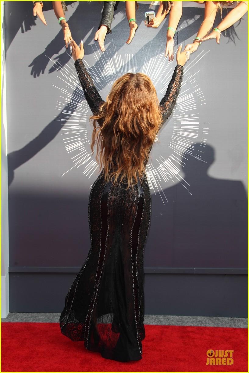 beyonce black dress vmas 2014 05